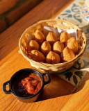 Mini Coxinhas com ketchup de goiabada